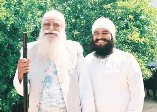 Saint Gurmeet Ram Rahim Singh Ji Insan with Revered Shah Satnam Ji Maharaj 01 - Sachi Shiksha